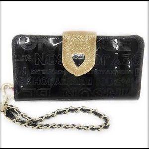 🆕 NWT Betsey Johnson Wallet/ Wristlet
